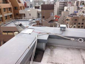 東京都心の繁華街ビル/施工困難箇所での超短工期施工