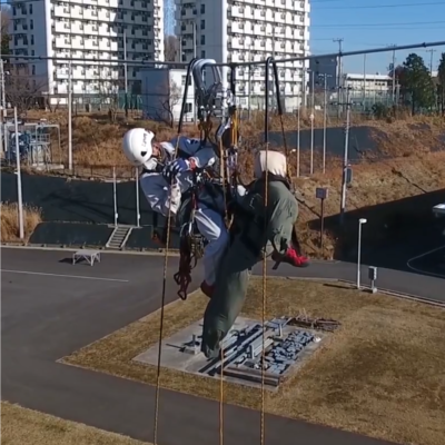 NSCによる送電線上のレスキュー訓練